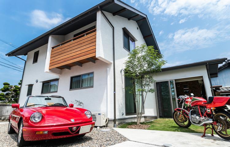 【岐阜県岐阜市】趣味で彩る暮らし バイクガレージのある住まい