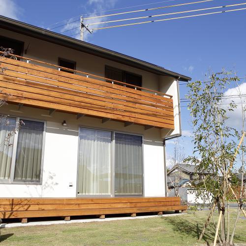 【岐阜県本巣市】家族や友人と愉しむ くつろぎの木の住まい