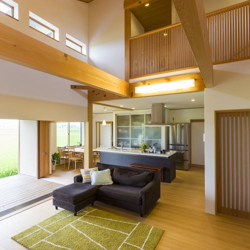 【岐阜県羽島市】心の贅沢を感じながら暮らす 大屋根の住まい