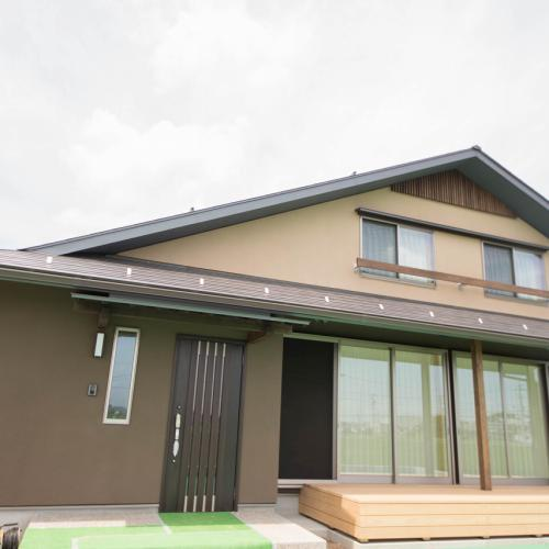 【岐阜県神戸町】開放的な大開口のある大屋根の住まい