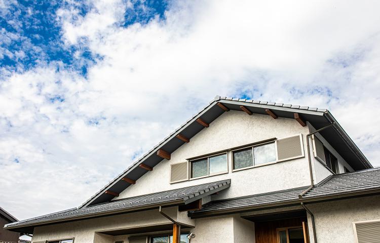 【岐阜県羽島郡笠松町】和の心を受け継ぐ のびやかな大屋根の住まい