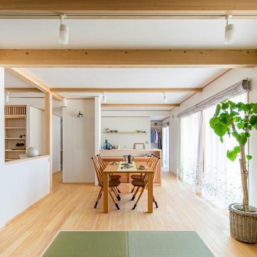 【岐阜県大垣市】四世代がのびやかに暮らす二世帯住宅